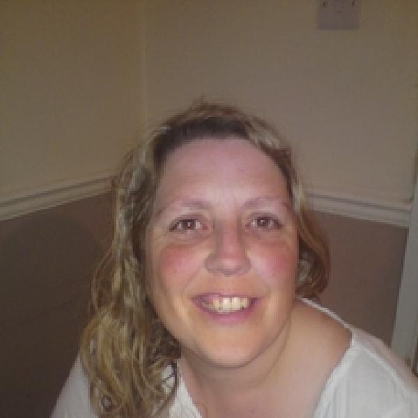 Milf dating in Hungerford